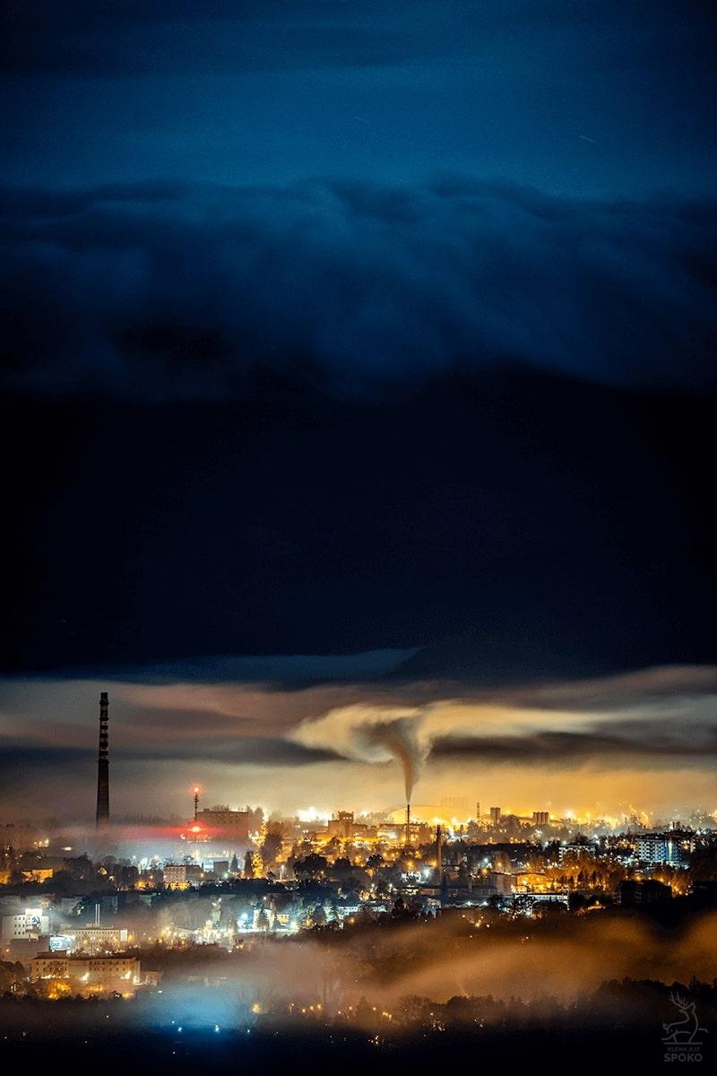 Nocny wał fenowy nad Jelenią Górą