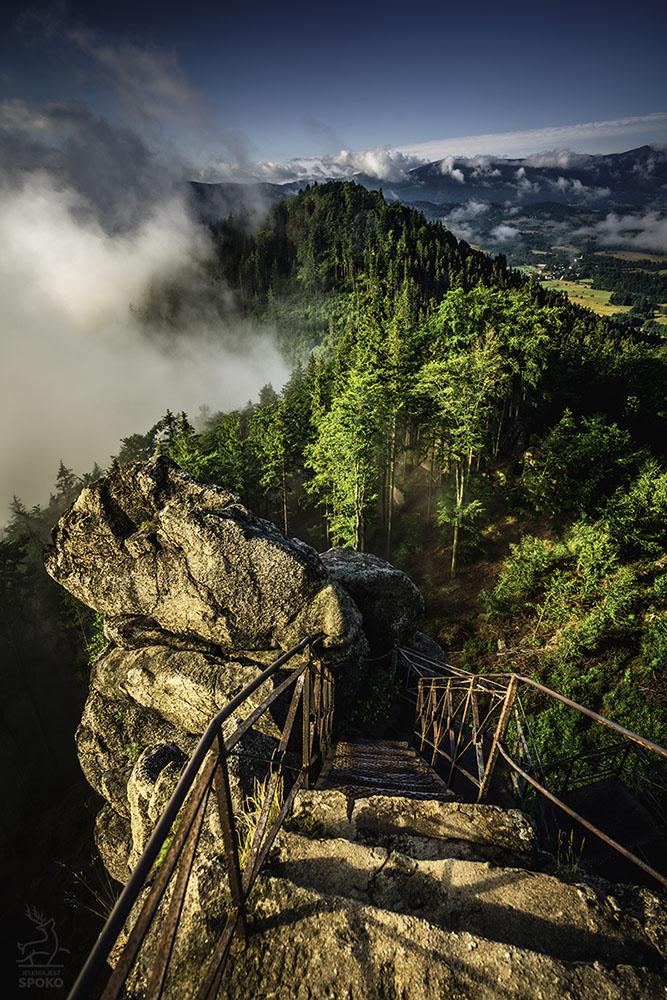 Z widokiem na Krainę Wiecznych Mgieł